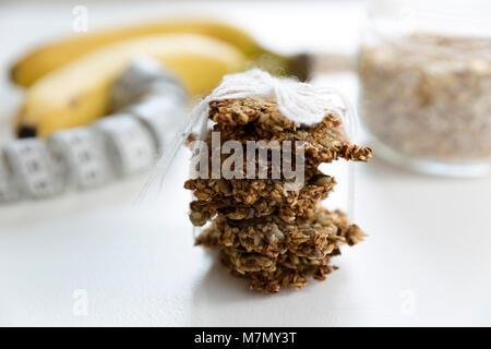 Gesunde drei Zutaten Haferflocken Cookies. Rezept, gesund, glutenfrei, ohne Zucker - Stockfoto