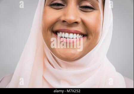 Schönen orientalischen Frau abaya - Stockfoto