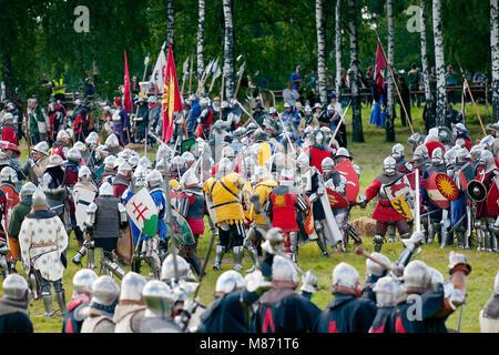 Mittelalterliche Ritter Infanterie clash - 601Th Jahrestag der Schlacht von Grunwald 1410. 4000 Reenactors, 1200 - Stockfoto