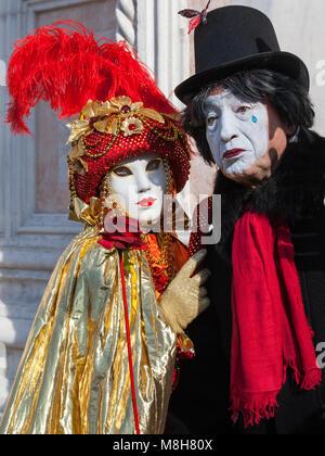 karneval maske pierrot venedig italien stockfoto bild. Black Bedroom Furniture Sets. Home Design Ideas
