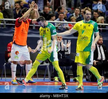 Jaen Paraiso der Spieler feiern ihren Sieg gegen Rios Renovables während des Spiels von Halbfinale des Spanischen - Stockfoto