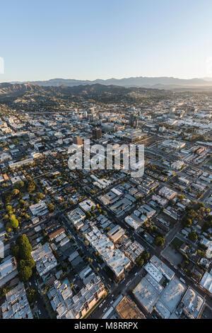 Los Angeles, Kalifornien, USA - 20. Februar 2018: Antenne morgen Blick auf Hollywood Straßen und Gebäude in Südkalifornien. - Stockfoto