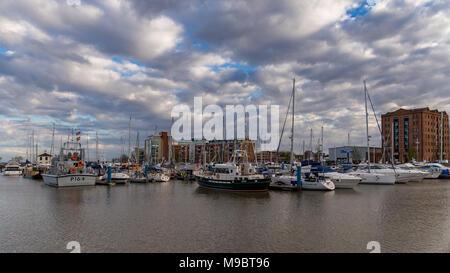 Kingston upon Hull, England, Großbritannien - 02.Mai 2016: Blick über den Humber Dock Marina - Stockfoto