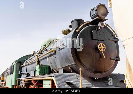 Dampflokomotive, immer noch in Gebrauch, in die Wüste des Wadi Rum, Jordanien, Naher Osten - Stockfoto