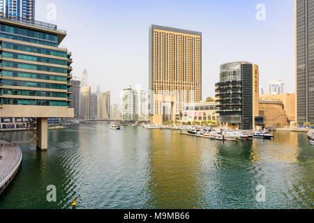 Dubai Marina Hochhäuser rund um Pier 7 restaurant Development, Dubai Marina, Dubai, VAE - Stockfoto