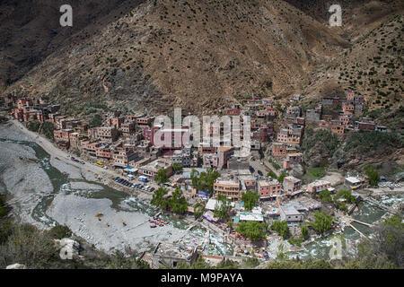 Blick auf Bergdorf, Setti Fatma, Marokko - Stockfoto