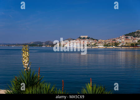 Kroatien, Dalmatien, Zadar, Krka, Stadtblick, Blick von mandalina - Stockfoto