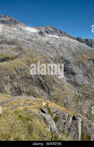Super Campingplatz auf der Gertrude Sattel, Fjordland, Neuseeland - Stockfoto