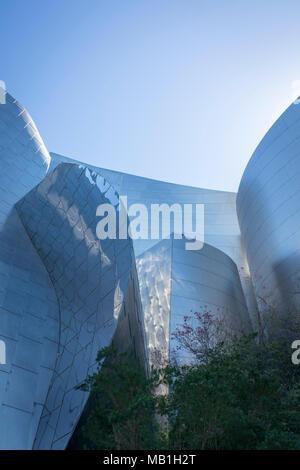 Detail der Walt Disney Concert Hall in 111 South Grand Avenue in Downtown Los Angeles, Kalifornien, USA - Stockfoto