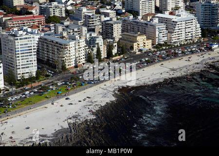 Beach, Sea Point, Kapstadt, Südafrika - Luftbild - Stockfoto