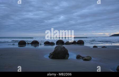 Moeraki Boulders, Koekohe Strand, Otago, Neuseeland - Stockfoto