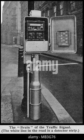Eine 1930 gedruckte Foto zeigt das Innenleben einer Ampel in Großbritannien - Stockfoto