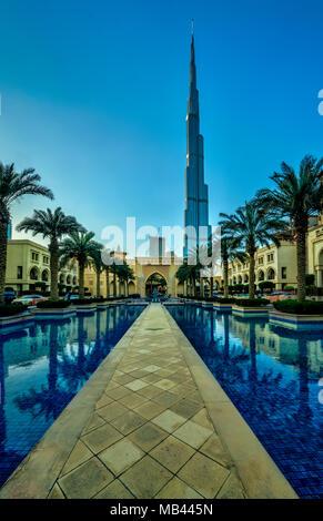 Der Burj Khalifa Tower in Downtown Dubai, Vereinigte Arabische Emirate, Naher Osten. - Stockfoto