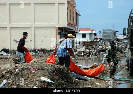 Indonesien Sumatra Aceh Banda Aceh Armee Bunker in den Hügeln rund ...