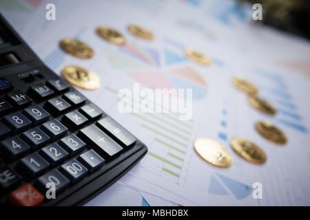 Bitcoin ist eine moderne Art der Austausch und das crypto Währung ist ein bequemes Zahlungsmittel in der Finanz- und Web Märkte - Stockfoto