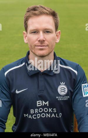 London, Großbritannien. 11 Apr, 2018. Eoin Morgan von Middlesex County Cricket Club in der blauen Royal London eintägige Kit. Quelle: David Rowe/Alamy leben Nachrichten - Stockfoto