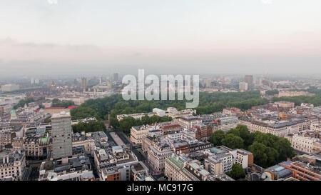 Europäische Hauptstadt London Central Skyline rund um St James's Park und Green Park in Westminster England Großbritannien - Stockfoto