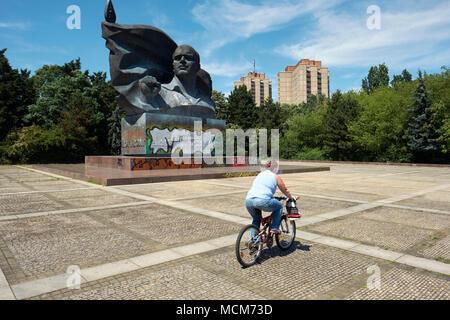 Ernst Thalmann, Berlin, Deutschland - Die große bronzene Denkmal für ehemalige kommunistische Partei Ernst Thälmann. - Stockfoto
