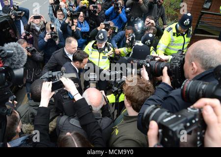 Foto muss Gutgeschrieben © Alpha Presse 078237 16/04/2018 Anthony Ant McPartlin kommt an Wimbledon Magistrates Court in London. Ant erscheint bei Gericht mit Getränk fahren nach drei Auto kollision am 18. März 2018 berechnet. - Stockfoto