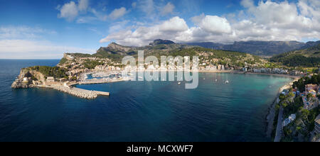 Bay, natürlichen Hafen, Port de Sóller, Serra de Tramuntana, Mallorca, Balearen, Spanien - Stockfoto