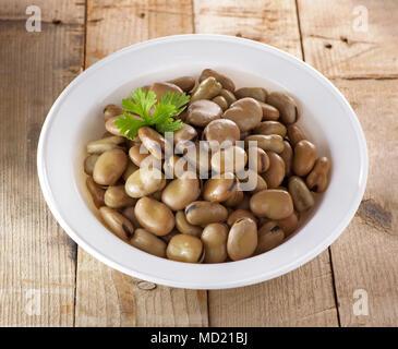 Ägyptische traditionelles Frühstück Gericht aus Bohnen - Stockfoto