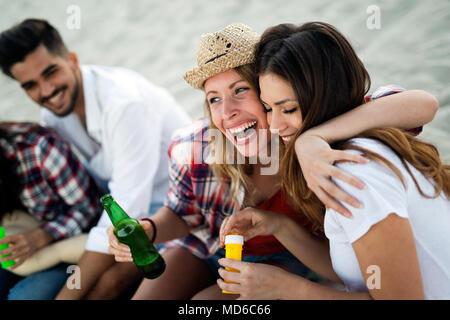 Sommer, Urlaub, Ferien und Glück Konzept - Stockfoto