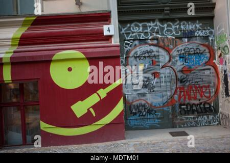 Deutschland, Berlin, Prenzlauer Berg, Oderberger Straße, cd Shop, music shop - Stockfoto