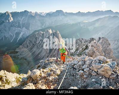 Klettersteig Nordkette : Österreich tirol innsbruck bergsteiger auf der nordkette
