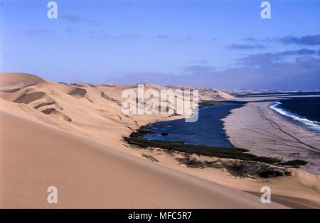Anzeigen von Sandwich Harbour, Namibia, Afrika - Stockfoto