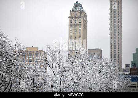 Manhattan in New York City Ostern Schnee Grand Central Park - Stockfoto