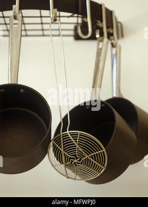 Pfannen Aufhängen töpfe und pfanne aufhängen in der küche des carmello bistro tel