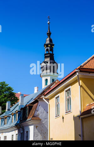 Kleiner Turm in der Altstadt von Tallinn, Estland, UNESCO Weltkulturerbe - Stockfoto