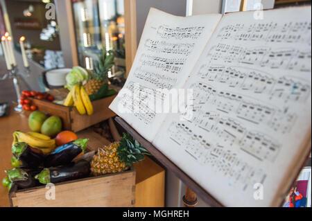 Alte, klassische Musik, Notenständer - Stockfoto