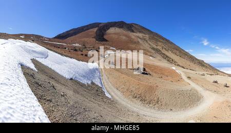 Wanderweg auf den Teide über die Montana Blanca - Stockfoto