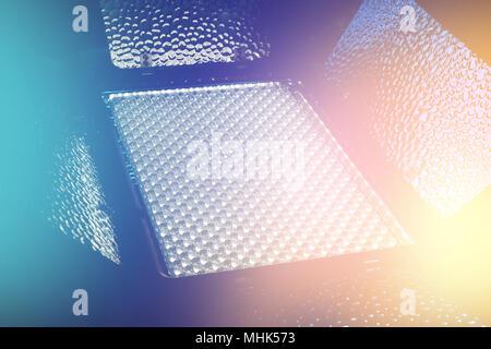 LED-Licht für Video und Fotografie Produktion in bunten hellen Hintergrund. - Stockfoto