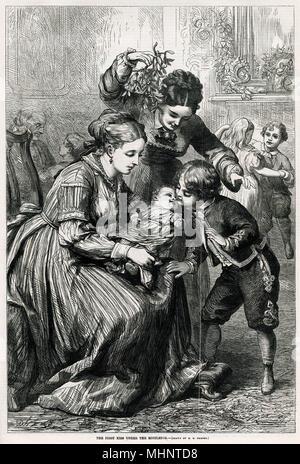 Kleiner Bruder küssen sein baby Geschwister unter der Mistel. Datum: 1870 - Stockfoto