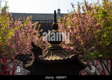Alte chinesische Tempel architektonische Struktur in Xi'an, China - Stockfoto
