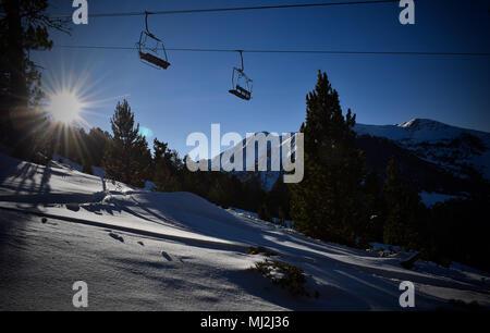 Sesselbahn im Skigebiet
