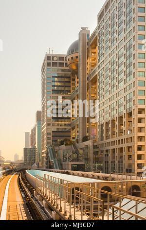 Tokio, Region Kanto, Japan - Fuji Television Gebäude vom Architekten Kenzo Tange in die künstliche Insel Odaiba konzipiert. - Stockfoto