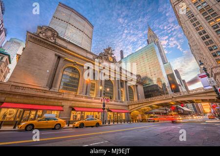 New York, New York, USA am Grand Central Terminal in Midtown Manhattan am Morgen. - Stockfoto