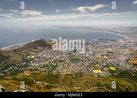 Ansicht der Stadt von Kapstadt die Atlantikküste vom Tafelberg - Stockfoto