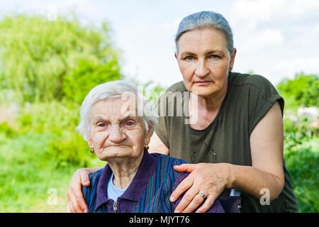 Junge frauen suchen ältere männer rockford illinois