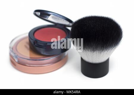 Kabuki Pinsel, Kosmetik, Puder, Make-up, Kosmetische Kompakt - Stockfoto