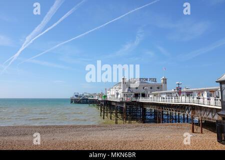 Palace Pier von Brighton East Sussex UK Foto aufgenommen von Simon Dack