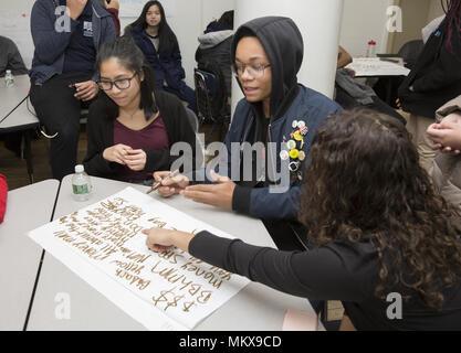 High School Alter Teens arbeiten in speziellen GED-Programm ihren ...