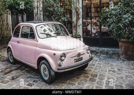 Fiat 500 Pink - Stockfoto