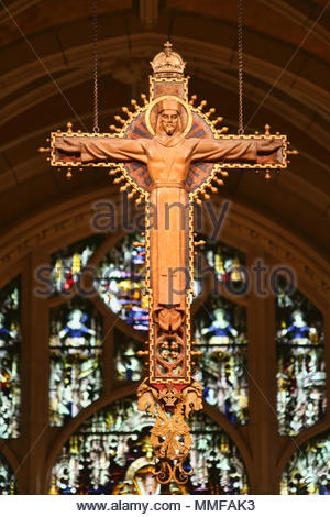 New York, New York, USA - Kruzifix in Saint John die Göttliche Kathedrale. - Stockfoto