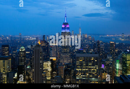 empire state building aus queens ny stockfoto bild 20010712 alamy. Black Bedroom Furniture Sets. Home Design Ideas