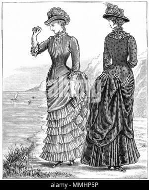 Gravur von jungen Frauen in ihrem neuen Sommer Kleider. Von einem ursprünglichen Gravur in eigenen Papier Magazin der Mädchen 1883. - Stockfoto