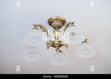 Antike Lampen Kronleuchter ~ Antike alte retro vintage kronleuchter lampen. dieses alten retro